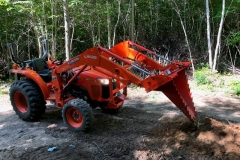CRI Kubota L with Sub-Compact Stump Bucket 1